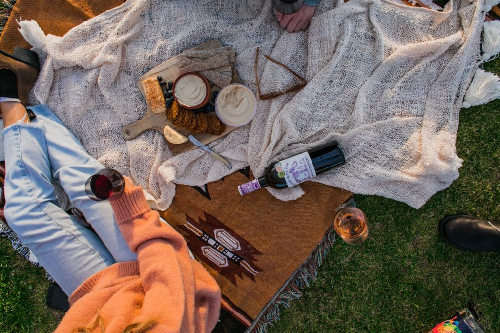 Pique-nique, nourriture, vin et fromage